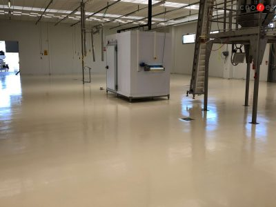Pavimento industriale in resina per l'azienda alimentare Pastificio De Carlonis