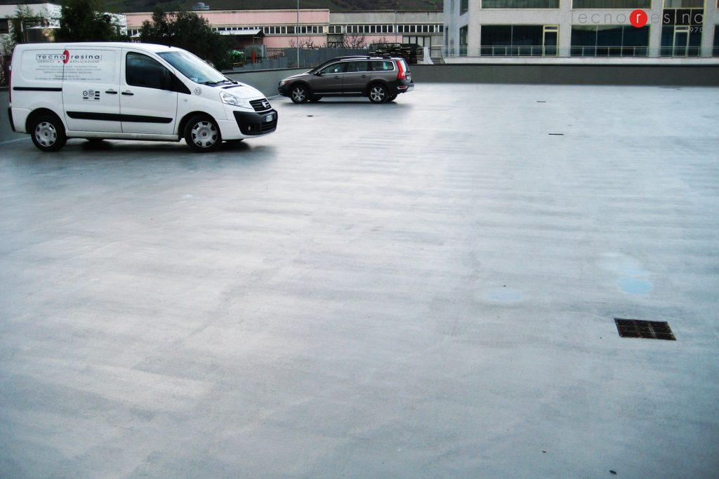 Impermeabilizzazione in resina del parcheggio su tetto carrabile per il Centro Commerciale Oceano