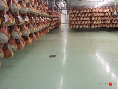Pavimento in resina per l'azienda alimentare Fratelli Beretta