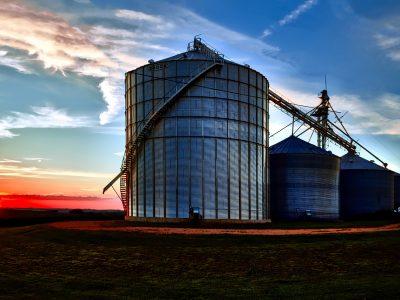 Rivestimenti in resina di silos anti acido e anti corrosione