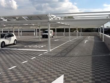 I parcheggi sui tetti carrabili richiedono un'adeguata impermeabilizzazione in resina
