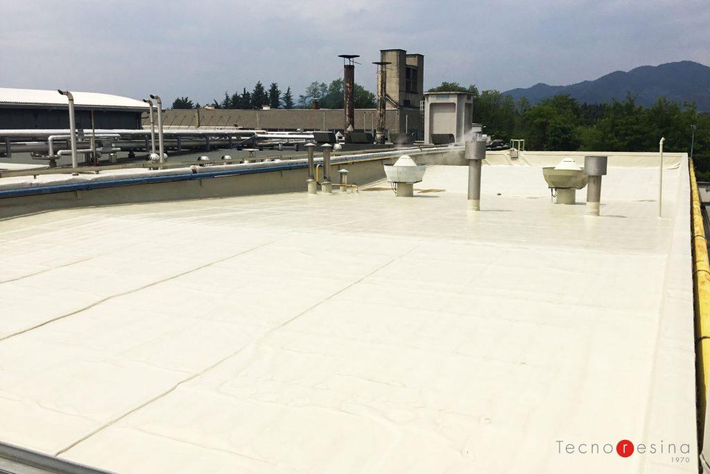Impermeabilizzazione in resina copertura industriale calpestabile per il salumificio Fratelli Beretta